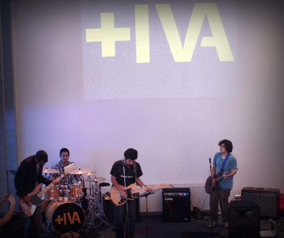 Banda +IVA, Biblioteca de Santiago, Sala de conferencias 2 piso, Domingo 28 de Abril 14:30 Hrs