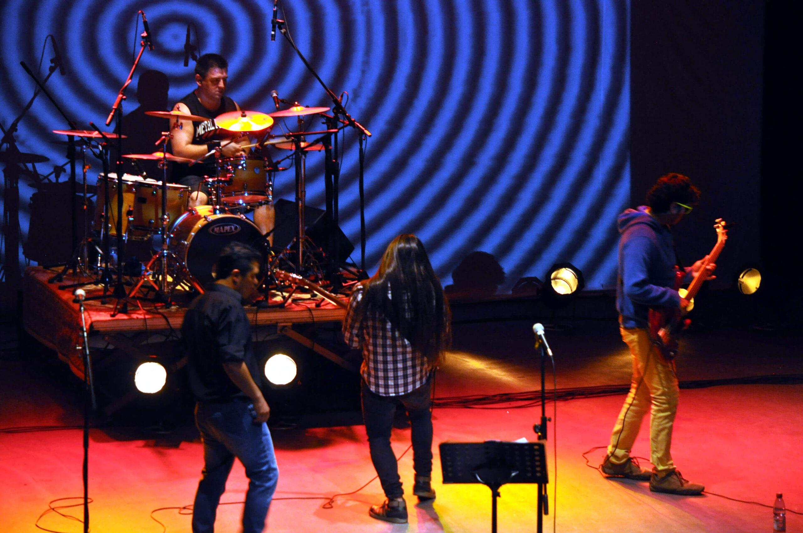 Chile y Argentina unidos por el rock (Sinefecto + Arcángel)