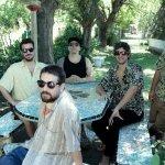 """Los Espíritus en Chile: """"Queremos que todos bailen, chupen cerveza y escuchen mucho rock"""""""