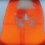 """Arteaga libera nuevo vídeo de ocultismo lascivo para """"Verano Rojo"""""""