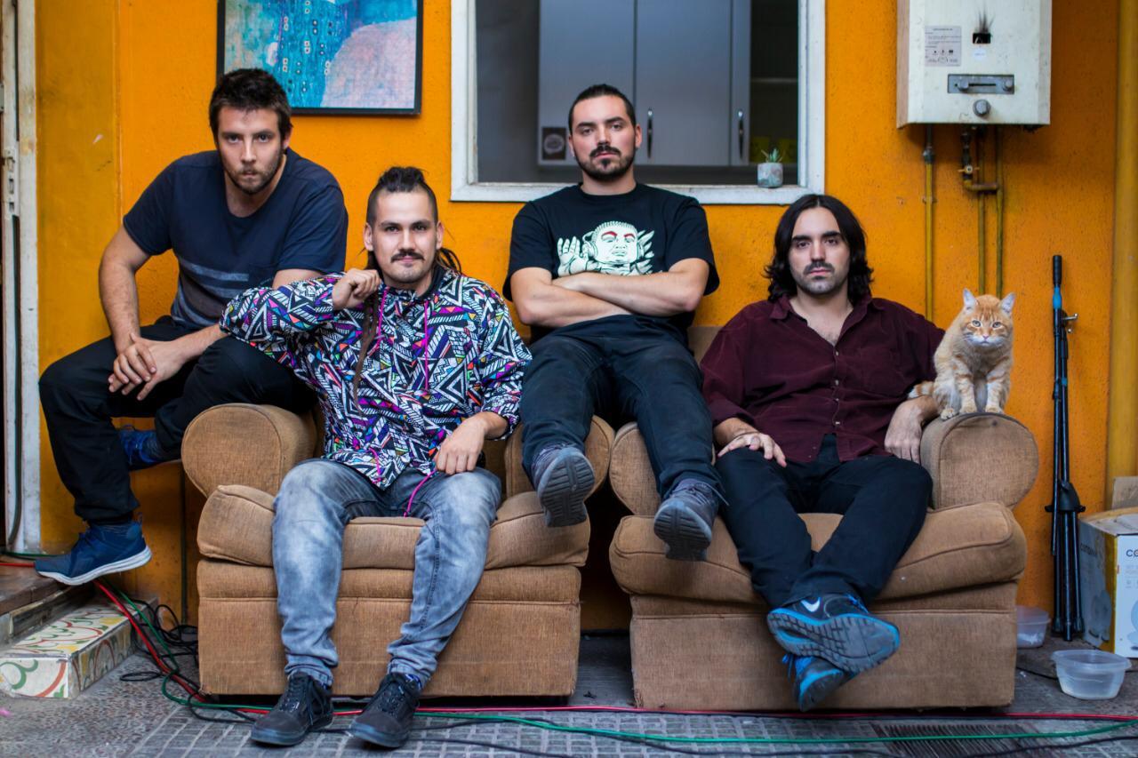 El Lobo del Hombre lanza en vivo su nuevo disco » La Palabra Libertad»