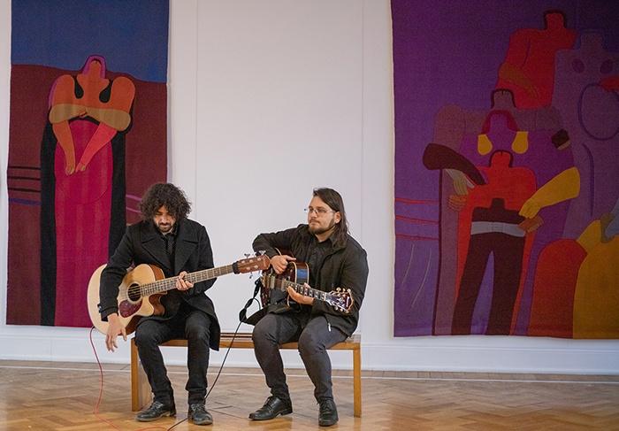 El blues llega las salas del Museo de la Solidaridad junto a Sebastián Córdova y Los Chilaqueles