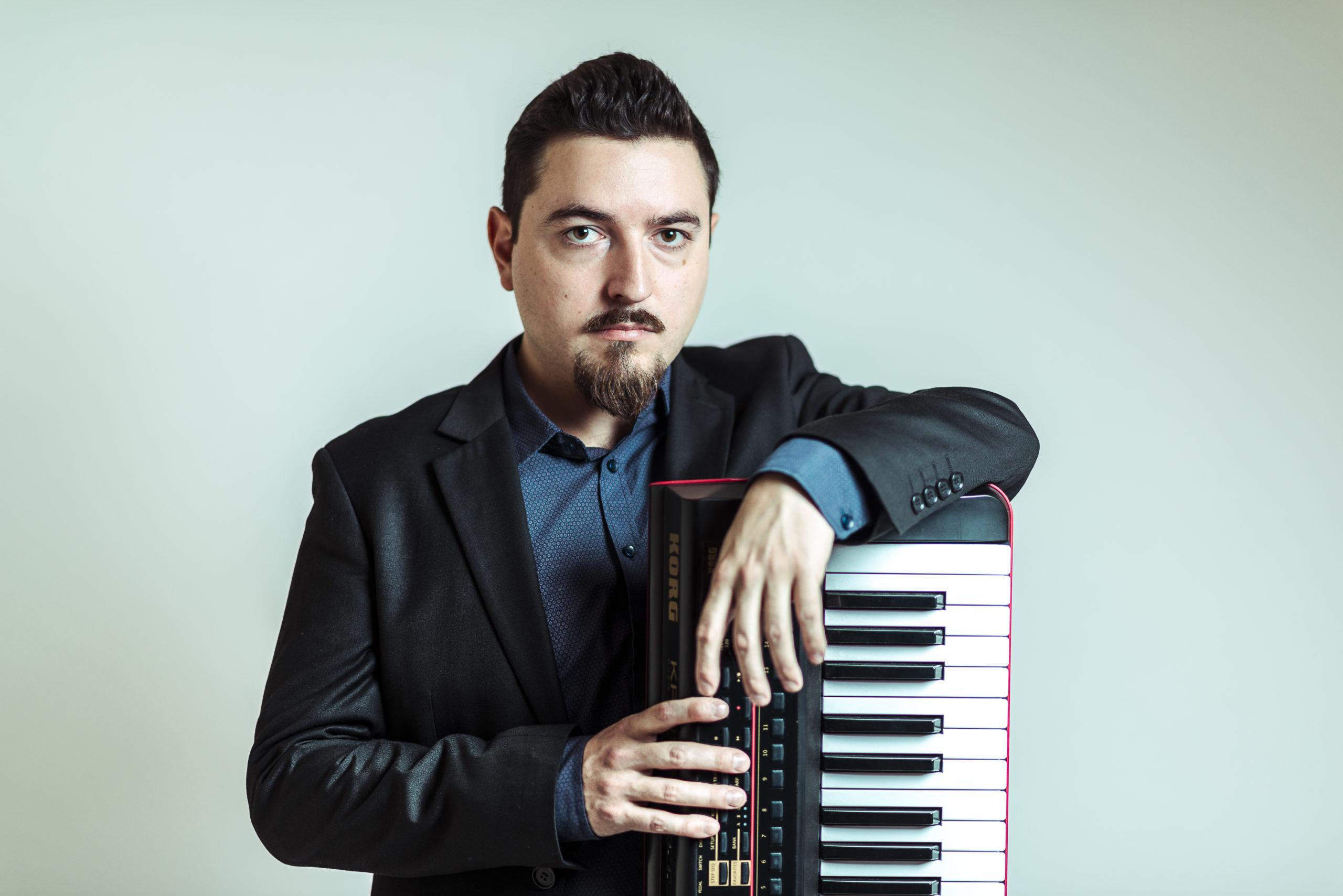 Pianista Raimundo Barría lanza su álbum debut «Inercia» (Jazz)