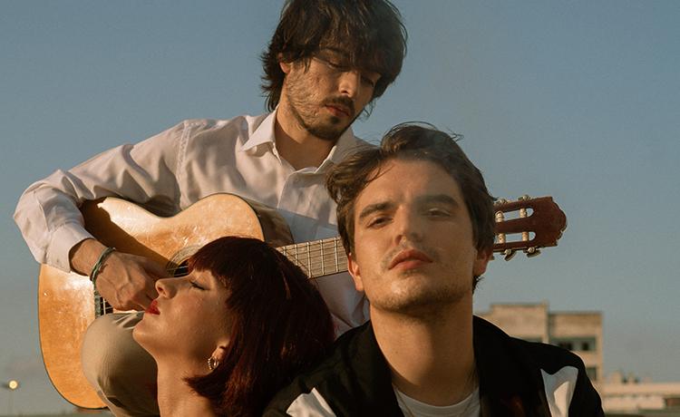 Penélope (España) presenta nuevo disco «Polvos Mágicos» (2020)