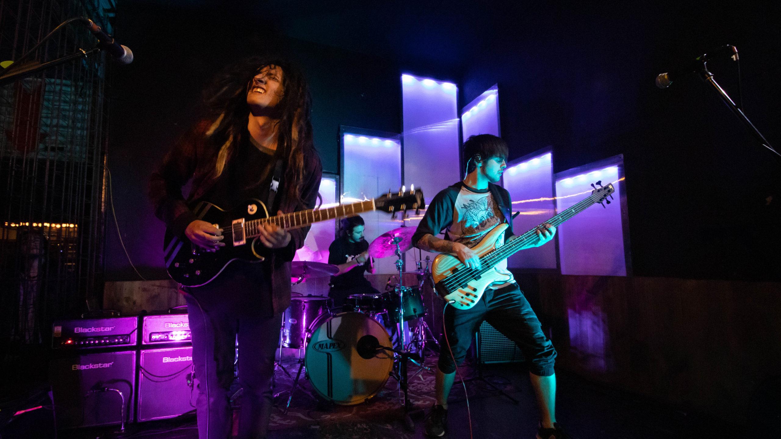 Øceanía presenta nuevo single «Cuervos» (2020)