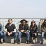 """Los Makana presentan nuevo single """"Los del Fondo"""" (2020)"""