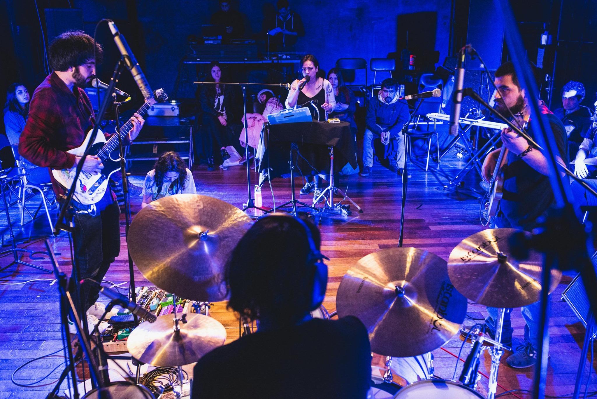 Alerce presenta «Asamblea de Dios No Dominical»adelanto de nuevo disco
