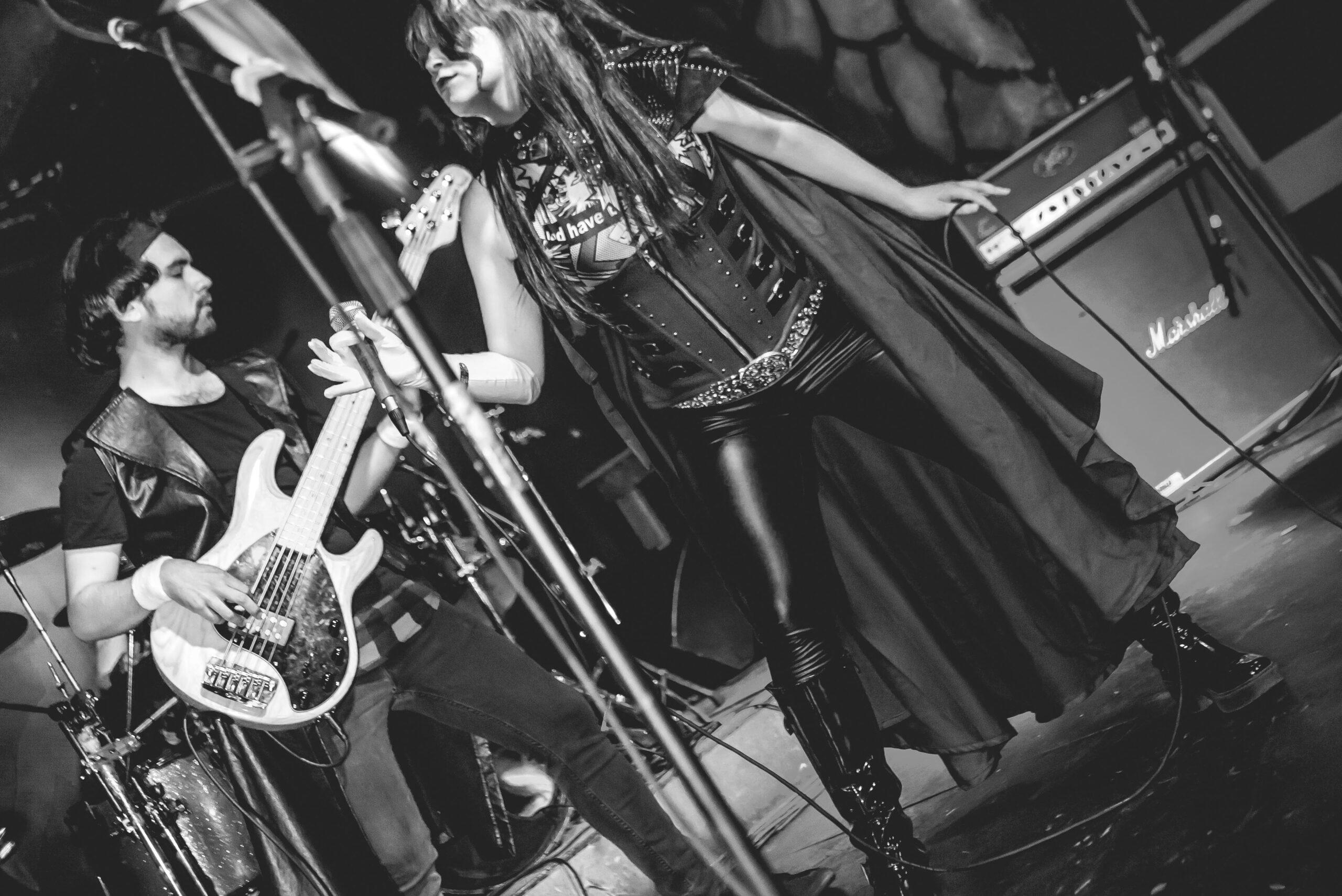 "Eternus estrena disco en vivo ""Elephant Tales"""
