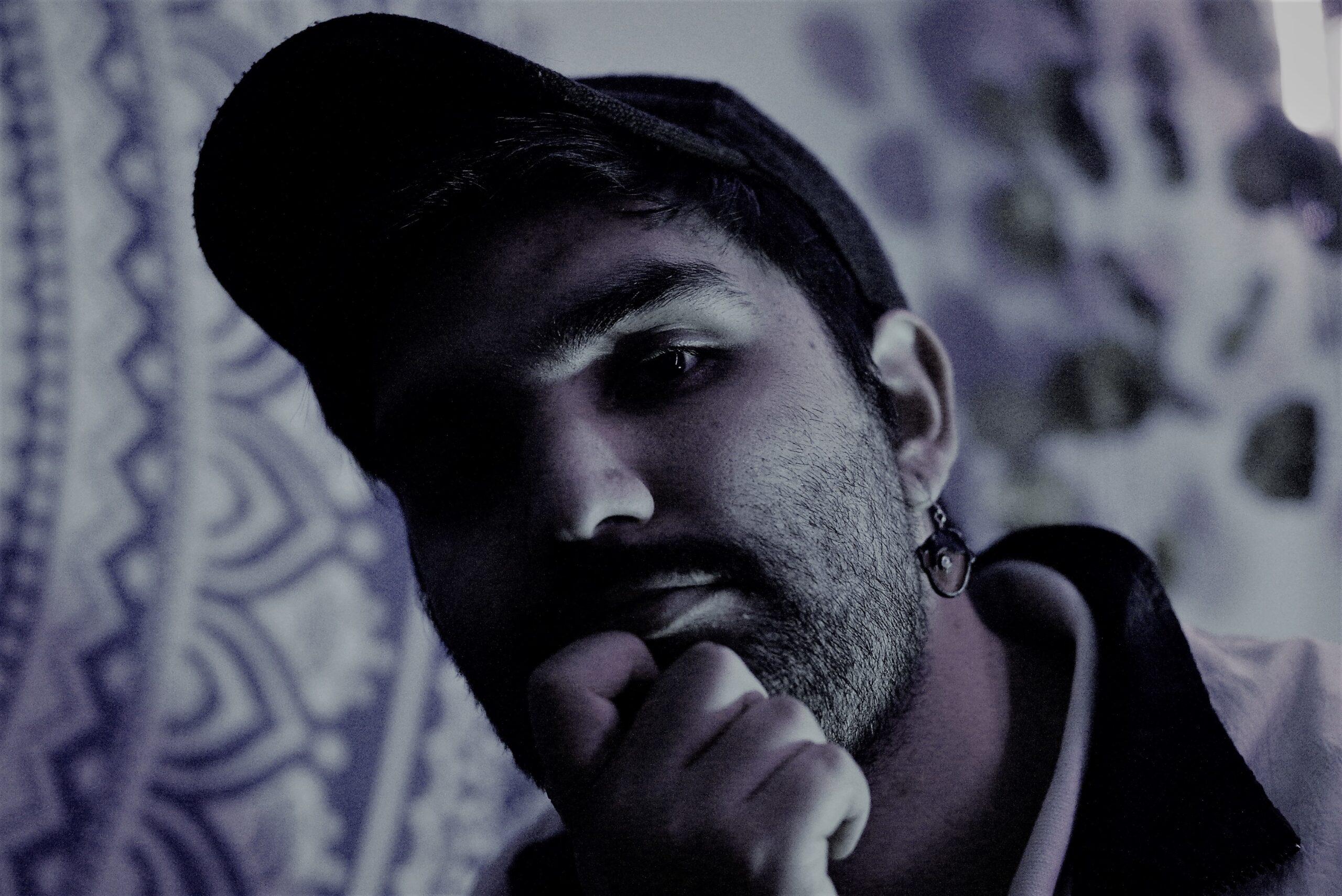 Futnes presenta nuevo single y videoclip «En el Resbalín» (2020)