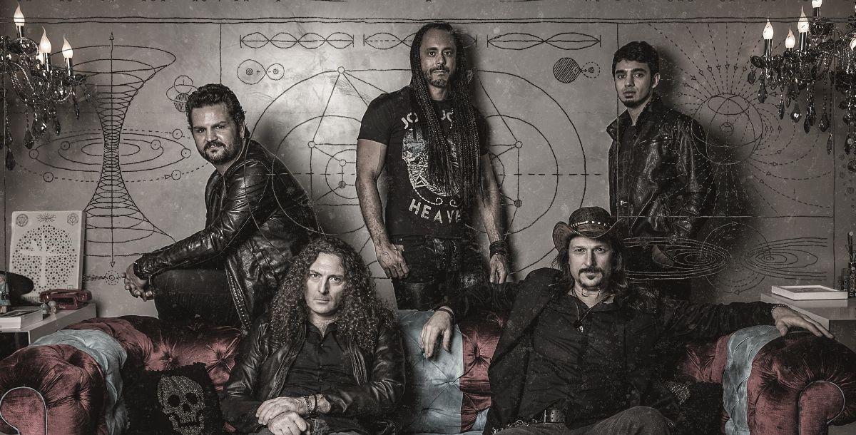 """Una de las mayores bandas brasileñas, Angra, libera vídeos en vivo y promueve el tour aniversario de """"Rebirth"""""""