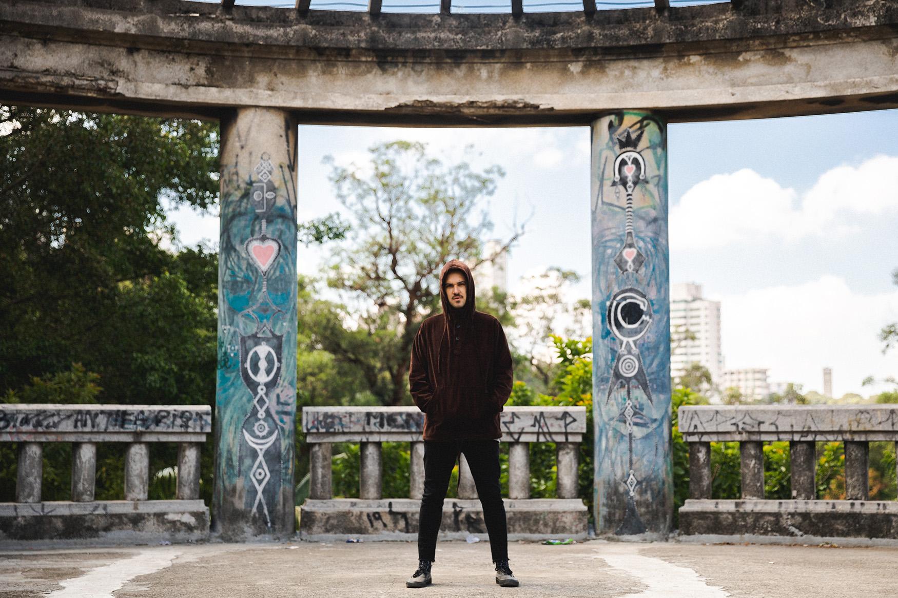 Dramón (Brasil) presenta en exclusiva su nuevo disco «Àspero» (2021)