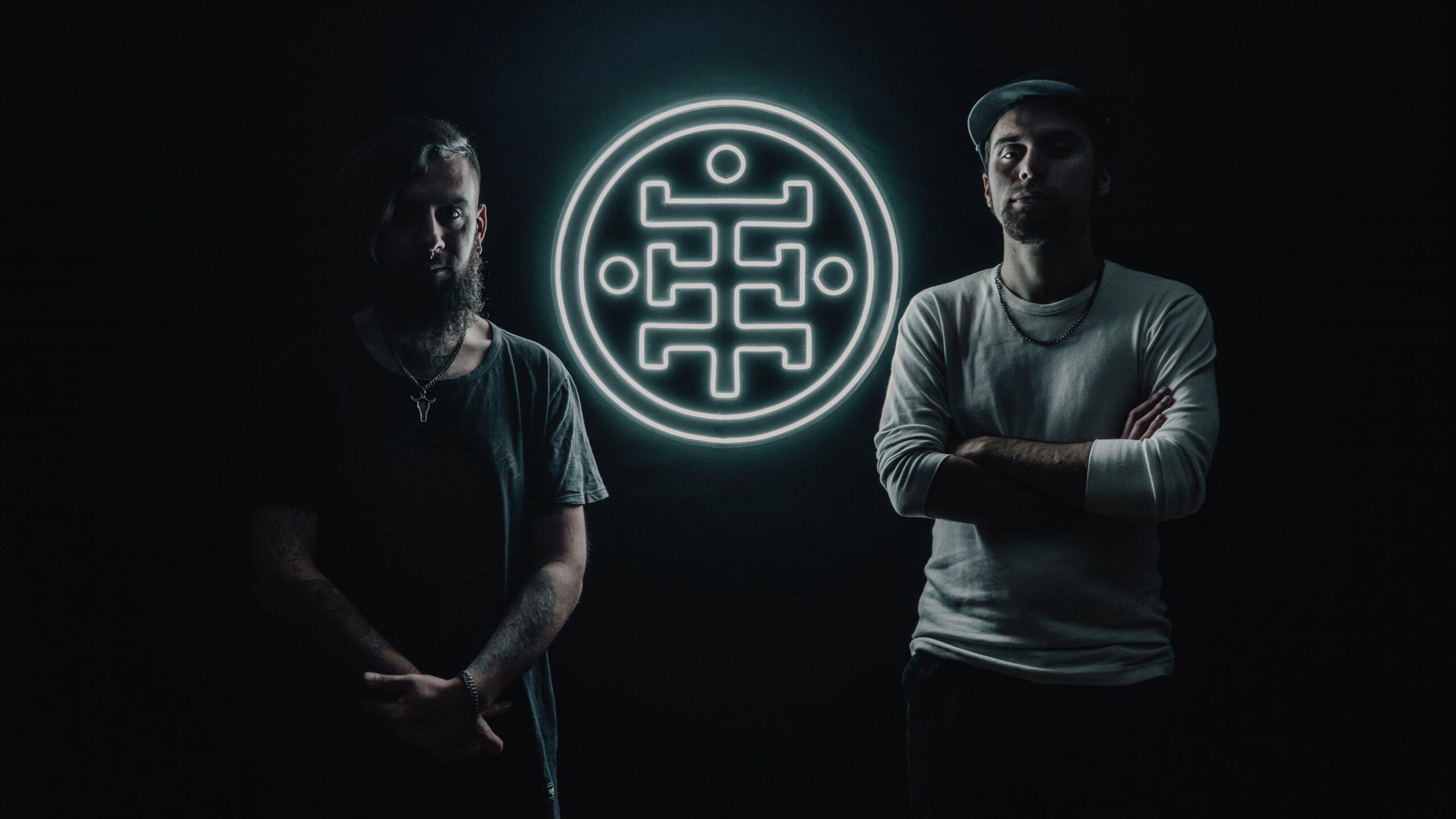 """Exiliado (Argentina) presenta nuevo single y videoclip """"Roto"""" (2021)"""