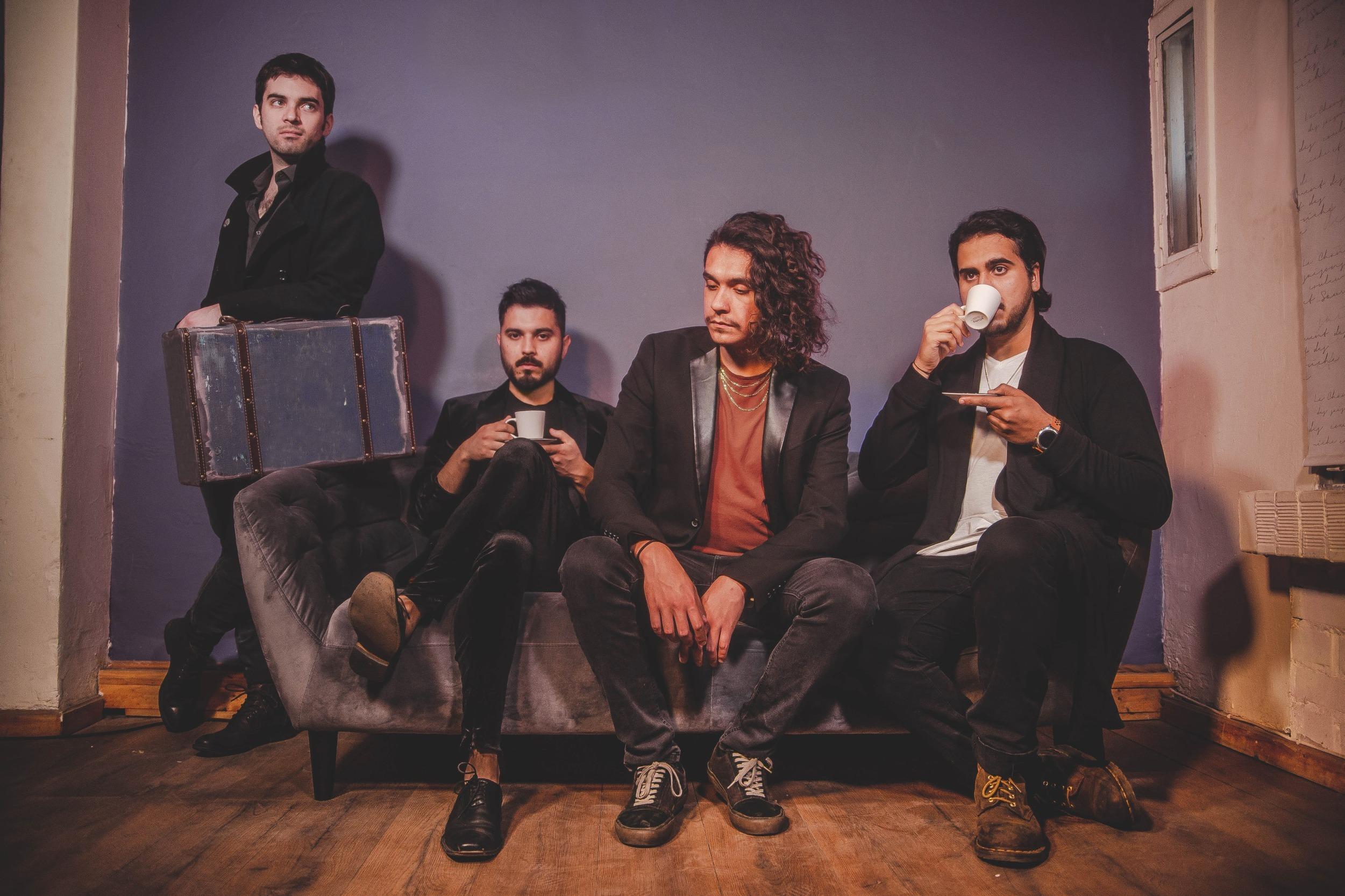 Delatores reversiona single «Canciones de Fantasmas» junto a Claudio Valenzuela